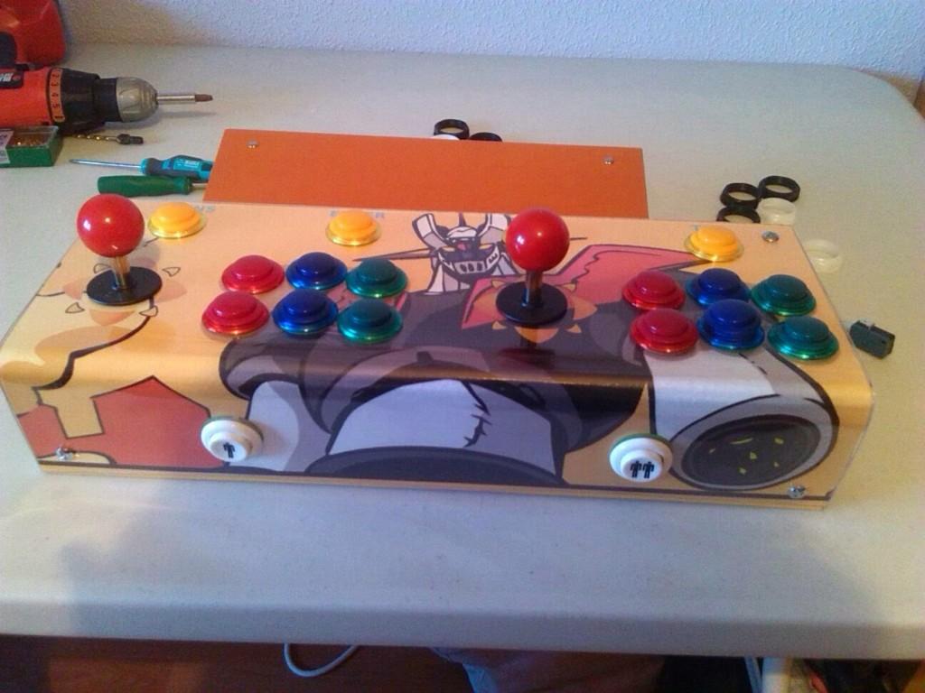 El CPO ya completo y límpio, con los botones y los mandos instalados.